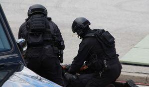 Uhapšen Beograđanin koji je divljao ulicama i povredio šest pešaka u Budvi