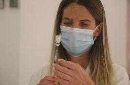 Kon: Racionalno je razmišljati o odvajanju vakcinisanih i nevakcinisanih