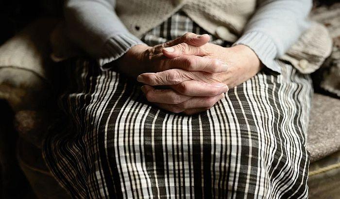 U domovima za stare i ustanovama socijalne zaštite 937 korisnika zaraženo koronom