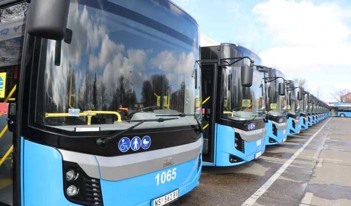 FOTO, VIDEO: Predstavljeno 29 novih autobusa GSP-a koji će uskoro saobraćati ulicama Novog Sada