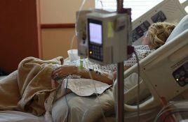 Lekari: Okretanje obolelih na stomak spasava živote
