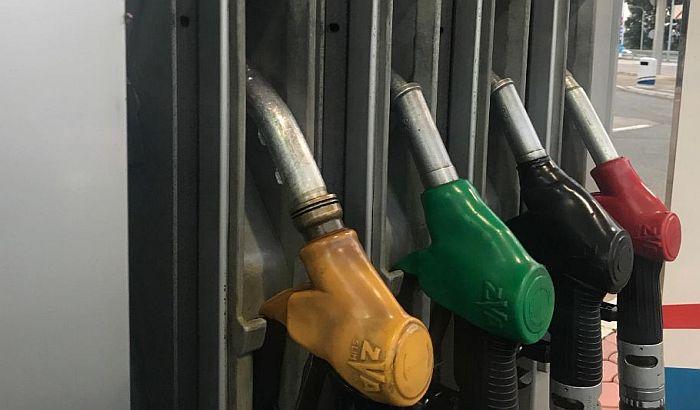 Zbog visokih akciza na gorivo, u Srbiji cena dizela među najvišim u Evropi