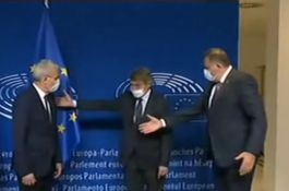Ni na fotografiji u Briselu zajedno: Dodik odbio da stane pored Džaferovića