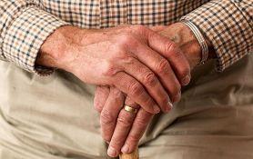 U domovima za stare i socijalnim ustanovama 52 korisnika zaražena koronom