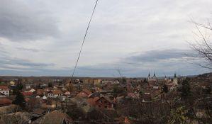 Sremski Karlovci: Zemljišta ima, jeftino se prodaje, projekti na čekanju