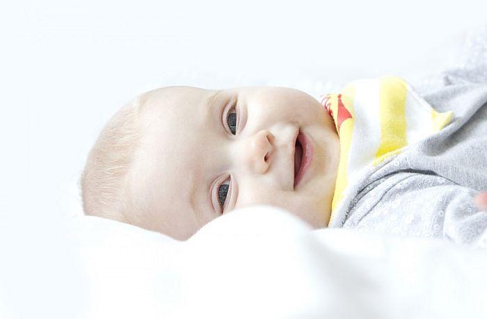 U Novom Sadu za jedan dan rođeno 16 beba, među njima i dva para blizanaca