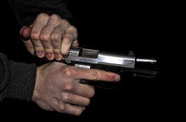 Na Telepu iz automobila pucao pištoljem u vazduh