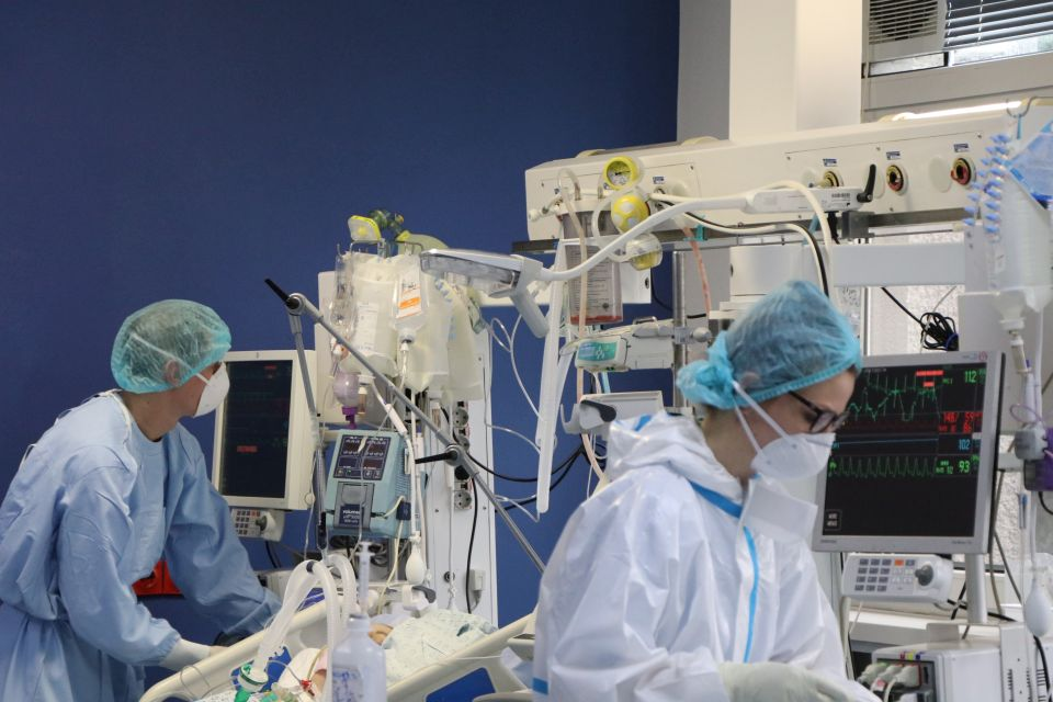 Stagnira broj obolelih od korona virusa u bolnicama u Novom Sadu