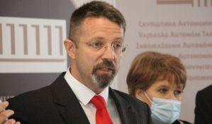 Već preleti u Skupštini Vojvodine: Poslanica DSS prešla kod naprednjaka, Ristivojević se pita zašto