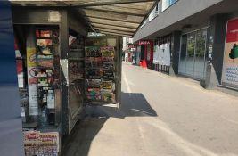 FOTO Barijere u saobraćaju u Novom Sadu: Šta kad kiosk blokira biciklističku stazu?