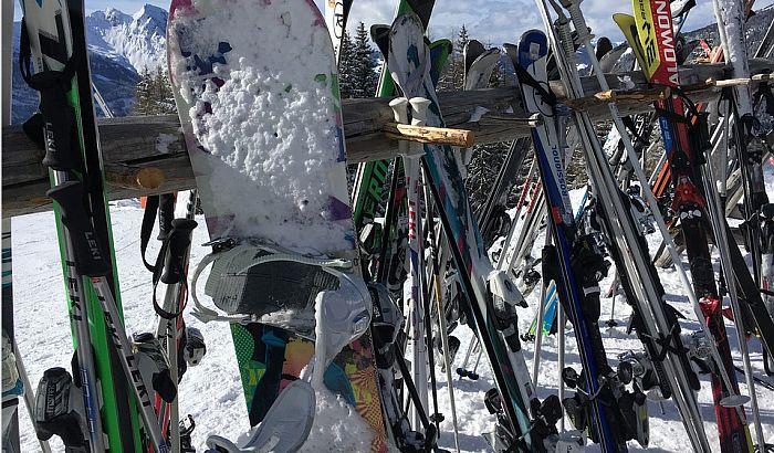 Razmena zimske opreme danas na Spensu