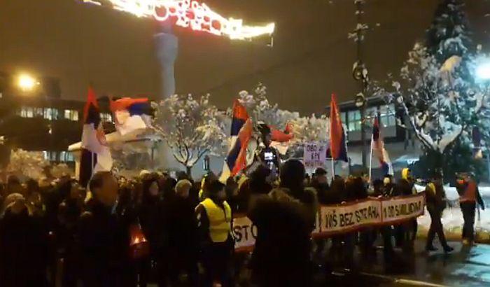 Više hiljada građana na protestu