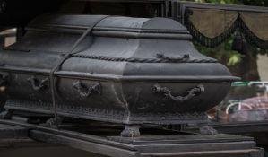 Na grobljima u Rimu nema mesta: Pogrebnici protestovali