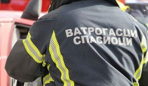 Požar na Novom Beogradu, gori stan na 11. spratu
