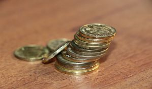 Evro u ponedeljak 118,33 dinara