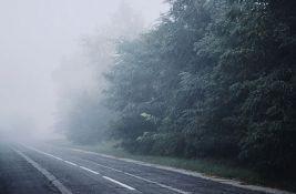 Dobra prohodnost puteva, vidljivost smanjena zbog magle