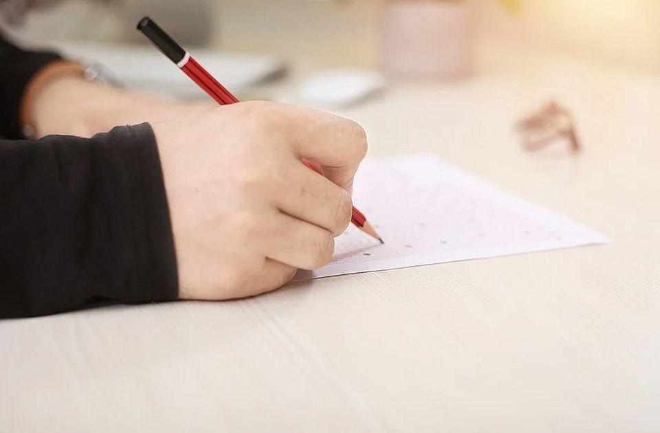 Ružić: Završni ispit za osmake biće lakši od probnog