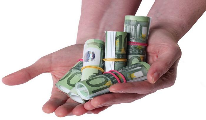Fondacija Evro za znanje: Kome 100 evra nije potrebno da ih donira najboljim srednjoškolcima i studentima