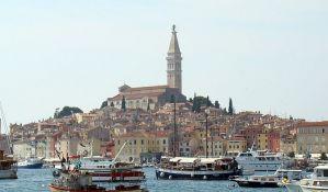 Plan za turističku sezonu u Hrvatskoj: Obavezna potvrda rezervacije smeštaja