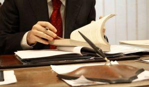 Komora: Nedopustivi verbalni napadi na javne beležnike