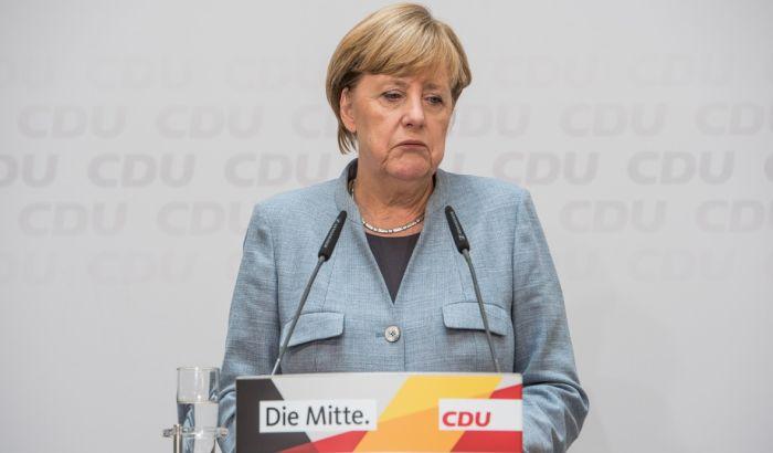 Merkel se zahvalila penzionerima i osoblju bolnica i domova za odgovorno ponašanje