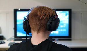 Vlada usvojila nove mere za vikend, srednjoškolci od ponedeljka onlajn