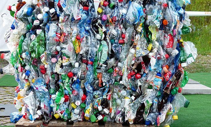 Drugi najveći grad u Ekvadoru reciklira plastične flaše za autobuske karte