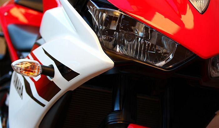 Trojica motociklista povređena u udesima na Keju, Limanu i u Braće Ribnikara