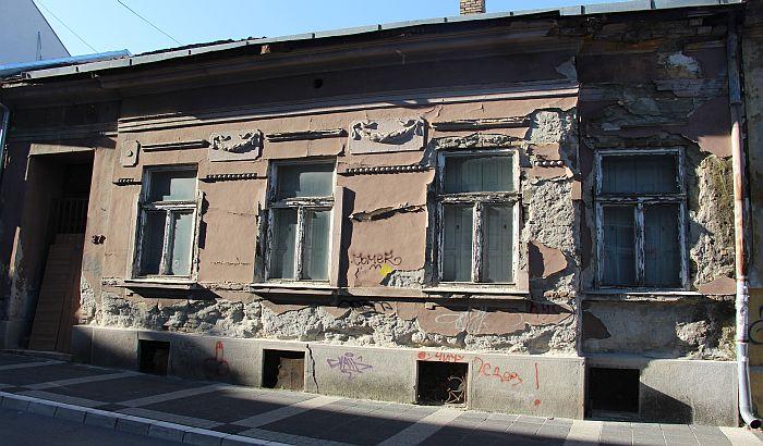 Popravlja se još 14 starih fasada u Podgrađu Tvrđave i centru Novog Sada