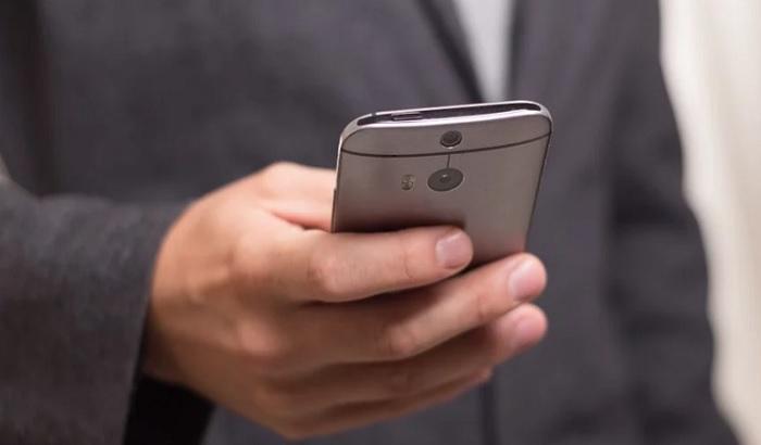 Nemačka razvija aplikaciju za telefon koja prati širenje zaraze virusom korona