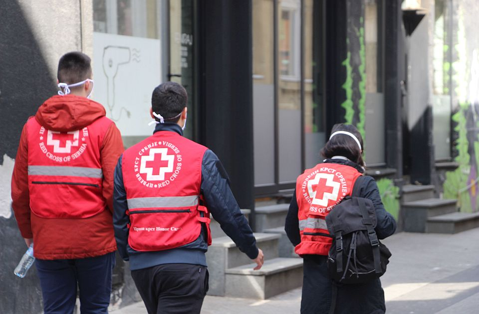 Nedelju Crvenog krsta, vojvođanska organizacija obeležava paketima za novorođene bebe - i kada je najteže zajedno