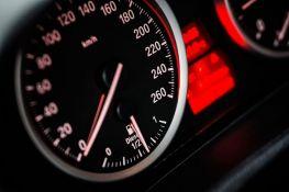 Slovenac kažnjen kod Čačka zbog prekoračenja brzine za jedan kilometar
