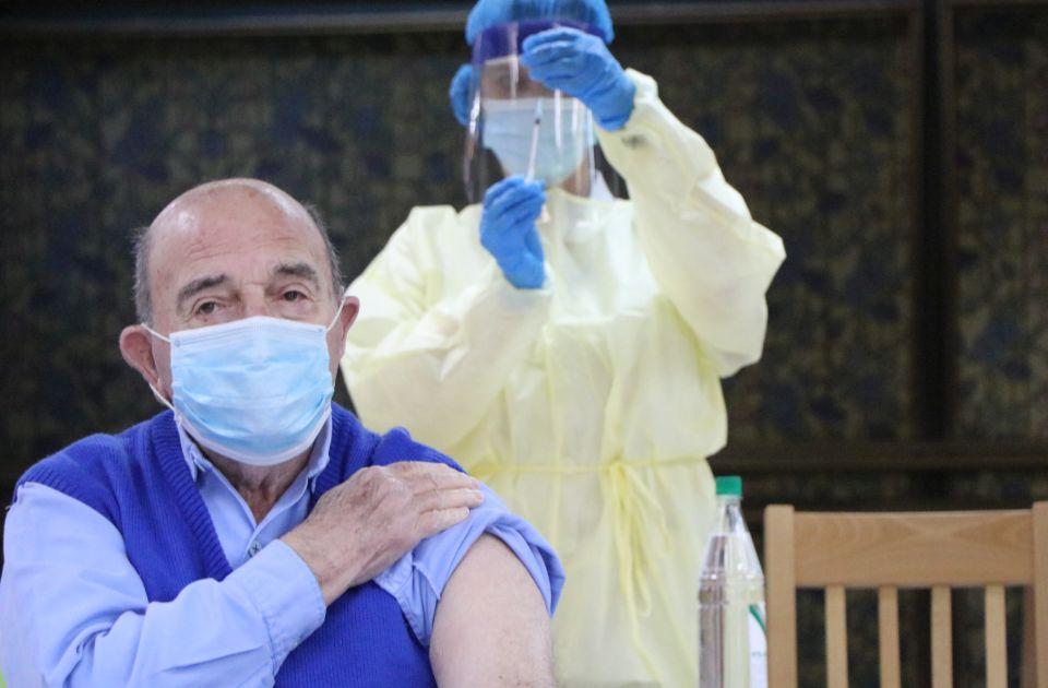 Epidemiolog Pecarski: Ljudi odbijaju vakcine jer nisu videli kakve su strašne bolesti u prošlosti odnosile živote