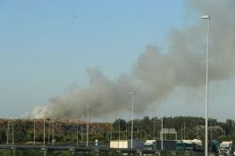 VIDEO: Požar na deponiji u Novom Sadu, vatrogasci na terenu