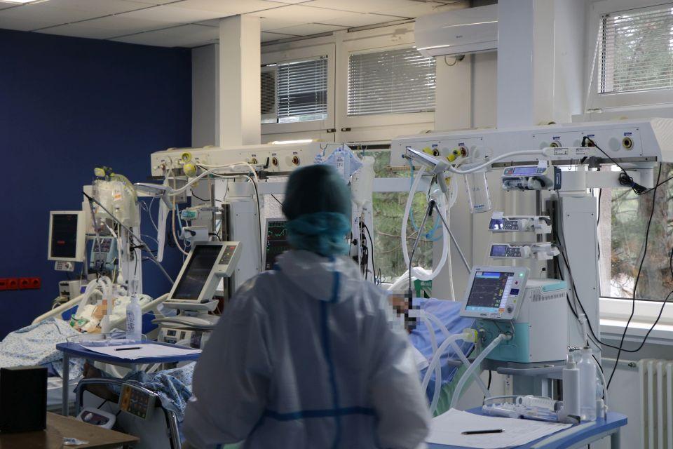 Bez veće promene broja obolelih od kovida u novosadskim bolnicama
