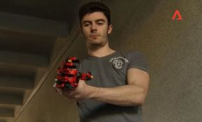 VIDEO: Napravio sebi protetičku ruku od Lego kockica