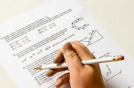 Đaci danas polažu test iz matematike