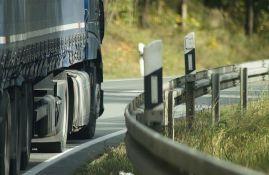Kamioni čekaju četiri sata na Batrovcima i tri na Horgošu i Kelebiji