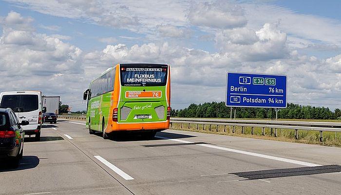 Nemački prevoznik otpustio vozača zbog tetovaže