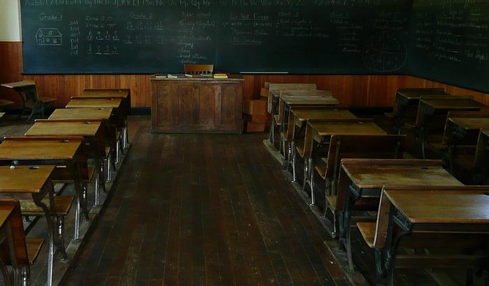 Živanović: Škole blizu venredne situacije, problematično naći zamene za pojedine predmete