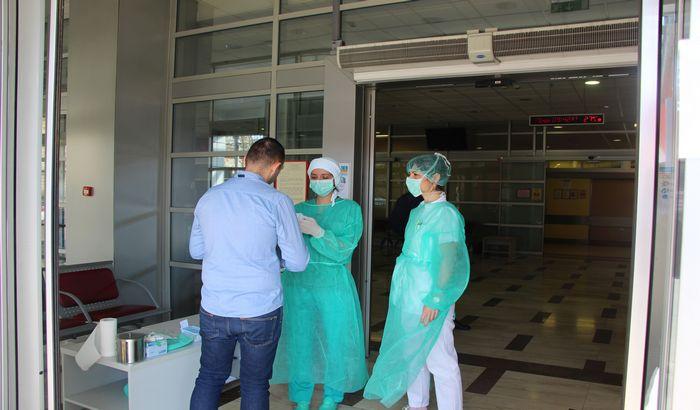 U Kliničkom centru Vojvodine 320 obolelih od korone, 22 pacijenta na respiratoru