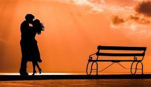 Kako bez poljupca u vreme pandemije i distanciranja
