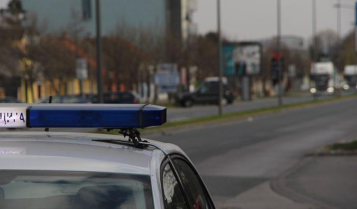 U lokalu zatečeno više od 100 ljudi, vlasnik nije hteo da otvori vrata policiji
