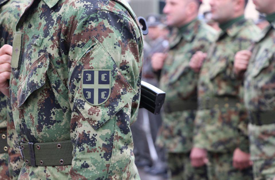Desničari prolaze bezbednosne provere u vojsci i policiji