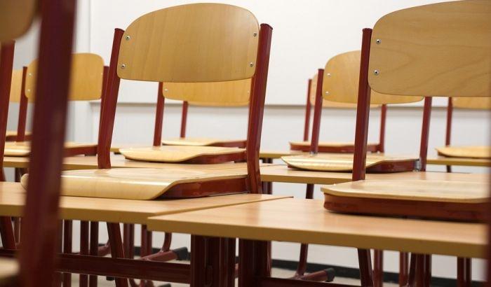 Profesori gimnazije u Bačkoj Palanci traže od ministra da vrati direktorku