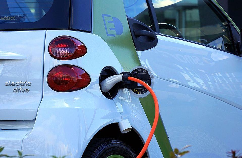 Električna vozila Pežoa, Sitroena i Opela će se proizvoditi u Britaniji