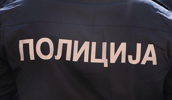 MUP: Nismo uhapsili Hitnu pomoć, pripadnik Žandarmerije nije zapalio kontejner
