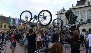 Kritična masa ovog petka, novosadski biciklisti voze od Limana do Klise