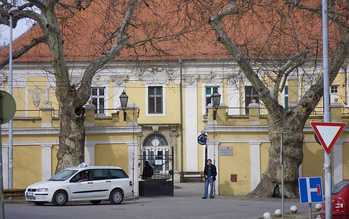 Besplatni specijalistički pregledi u subotu u Vojnoj bolnici u Petrovaradinu, danas zakazivanje