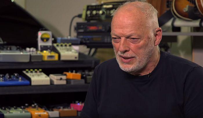 Dejvid Gilmor prodaje 120 gitara, novac ide u dobrotvorne svrhe